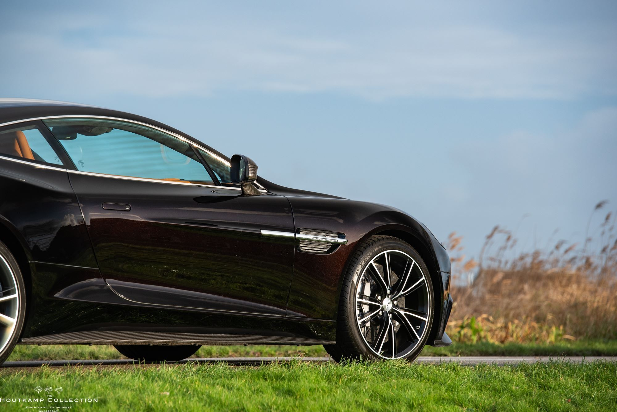 aston martin vanquish - the houtkamp collection